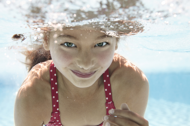 Karina bednorz beach and underwater kids production for for Jp boden co