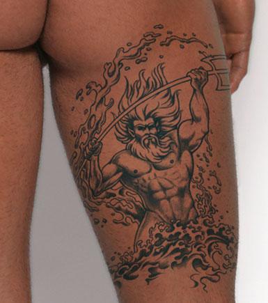 tatouage tribal homme. Tatouage Tribal Hommes.