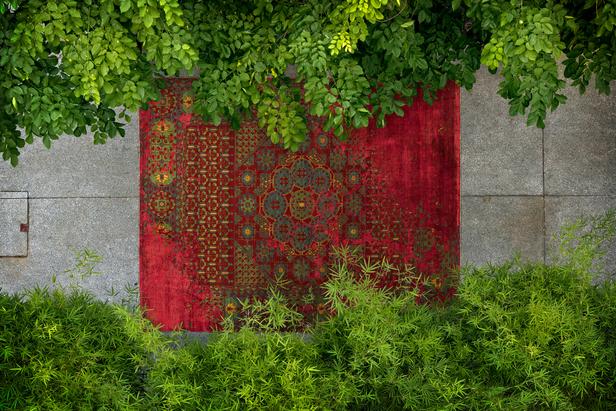 lars langemeier fotografiert die erased heritage kollektion f r teppichdesigner jan kath. Black Bedroom Furniture Sets. Home Design Ideas