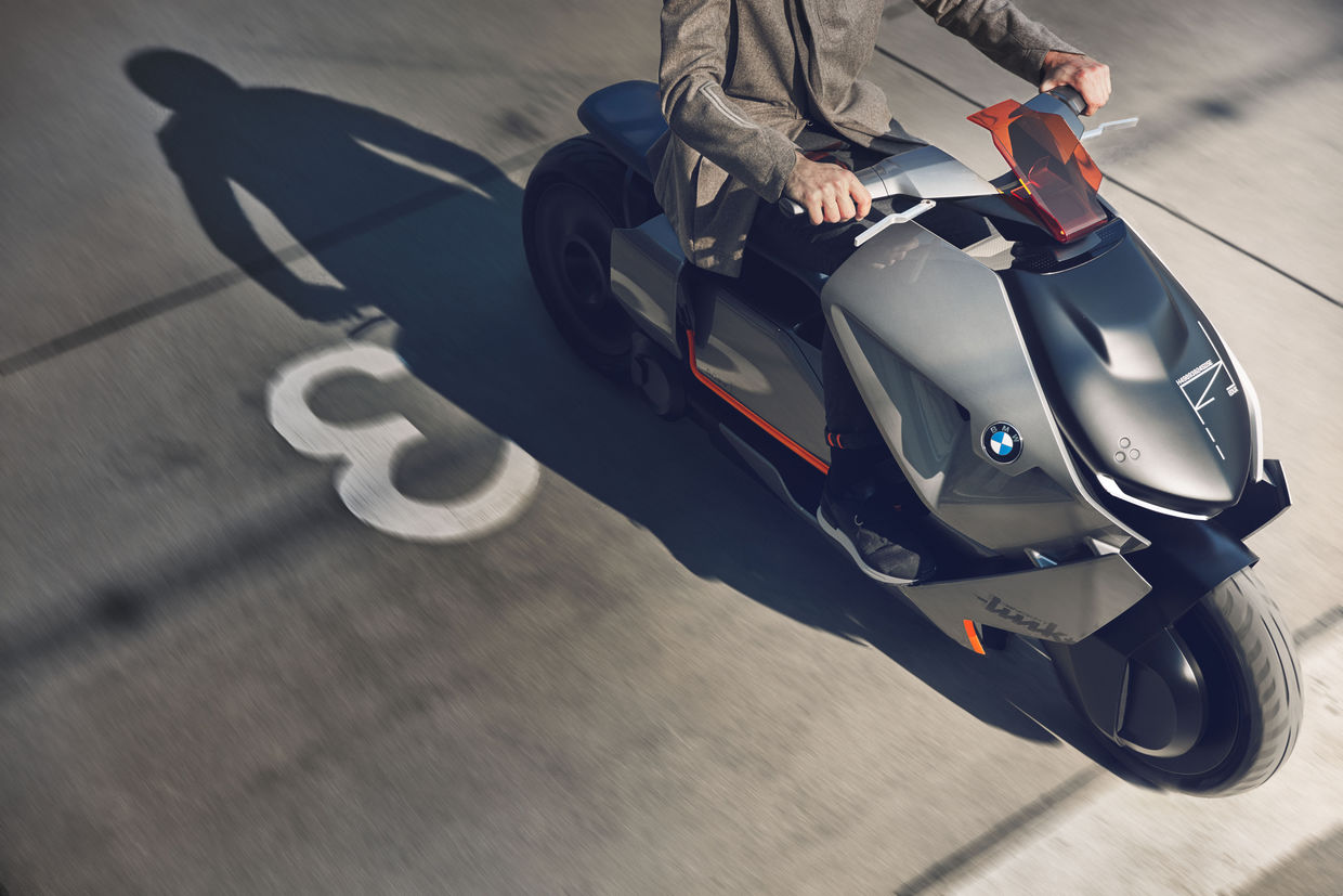 "RECOM : BMW Concept Bike ""Link"" - Stills"