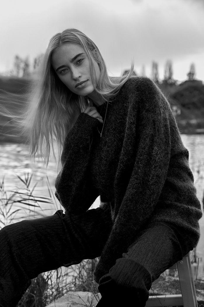 MD MANAGEMENT : Model: Veroni LEIJNSE  for FACTICE Magazine