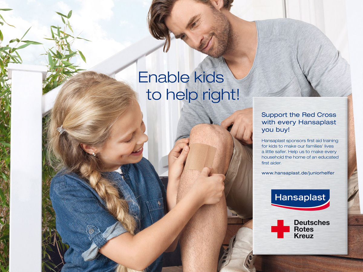 Enable Kids To Help Right Hamburg Based Photographer Anna Tarrin Hansaplat Tin