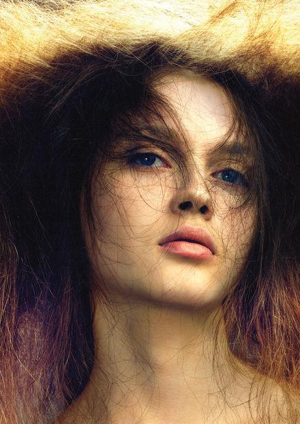 Viva Models : KSENIA GORBAN