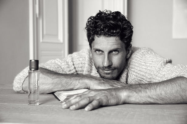 GABO shooting the new Perfume PURE / Guido Maria Kretschmer /LR