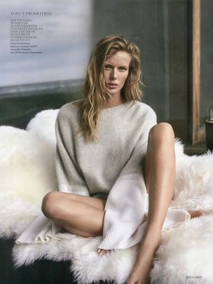 MD MANAGEMENT : Marlijn Hoek for VOGUE UK