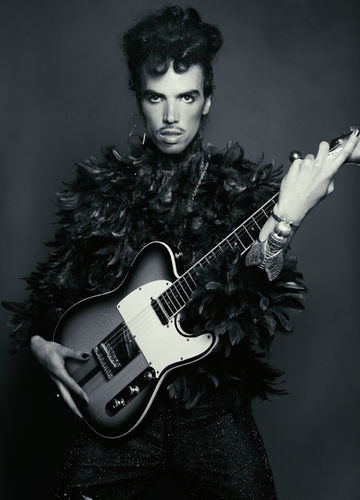 "BLOSSOM MANAGEMENT: Tony Lundström (hiar) und Stephan Schmied (make-up für Interview Magazine ""Tribute to Prince"""