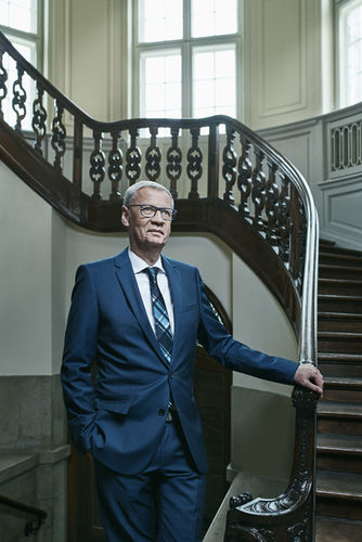 STUDIO IGNATOV PORTRAITIERT GÜNTHER JAUCH