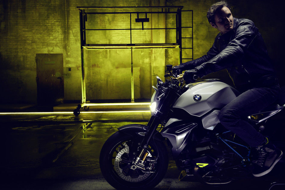 BMW GROUP : BMW Motorrad Concept Roadster