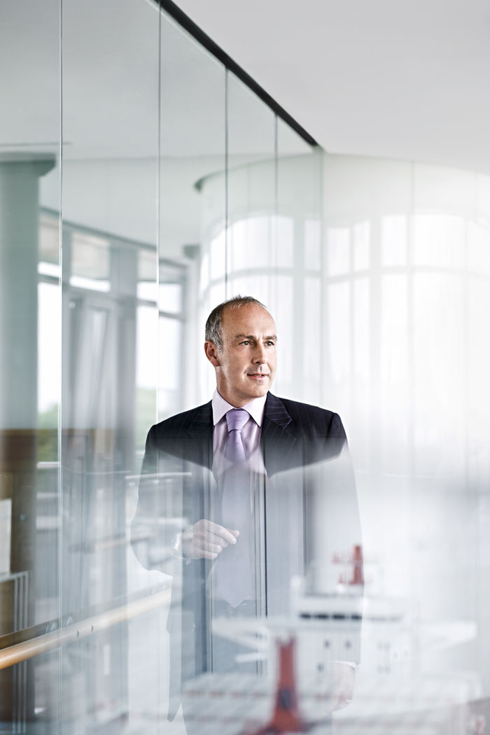 NILS HENDRIK MUELLER, Corporate Portrait for Coutinho Ferrostal