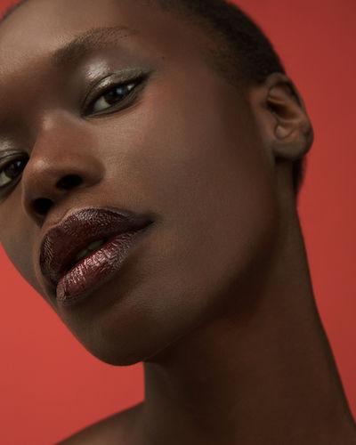 VIVA MODELS: Sarah Batt for Zalando Beauty