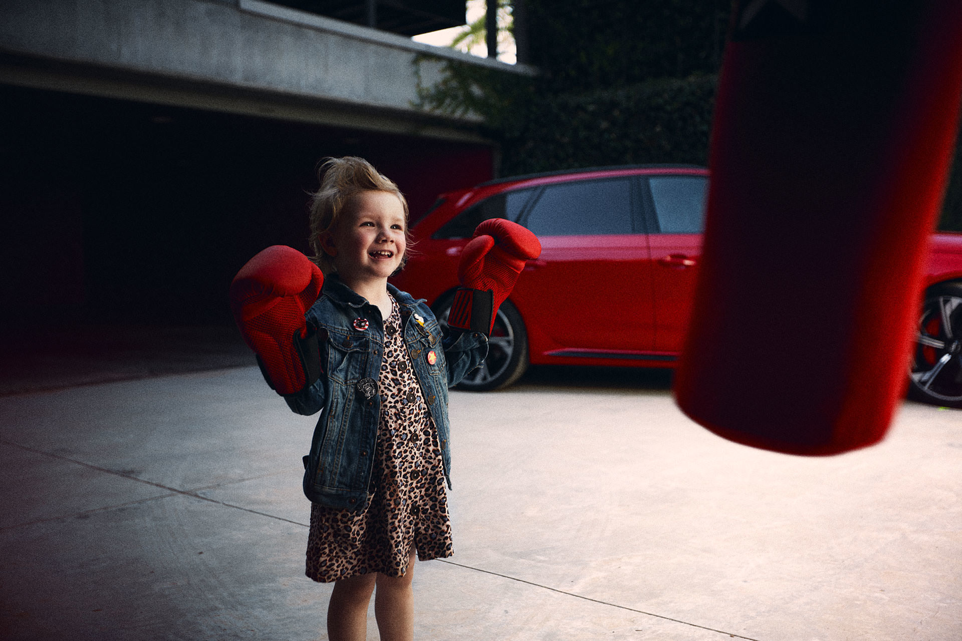 ANKE LUCKMANN MEETS AUDI RS4 AVANT AND A ROCK N ROLL FAMILY