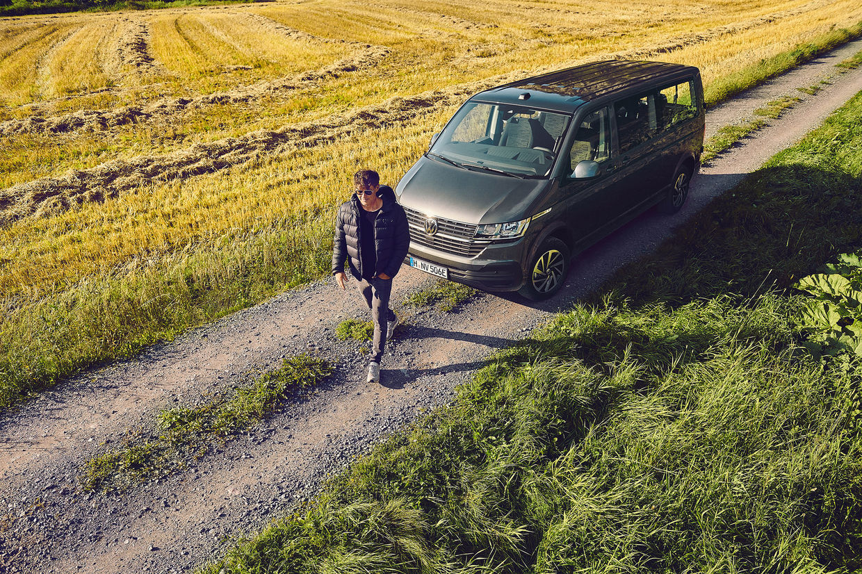 WILDFOX RUNNING: Julia Marie Werner for VW e-mobility featuring A-HA