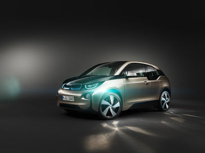 THOMAS VON SALOMON for BMW I 3 / RAMP