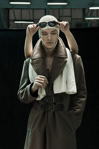 UNIT F / GOSEE EDITORIALAWARD 2012 : Pawel Fabjanski - SPOOЯT