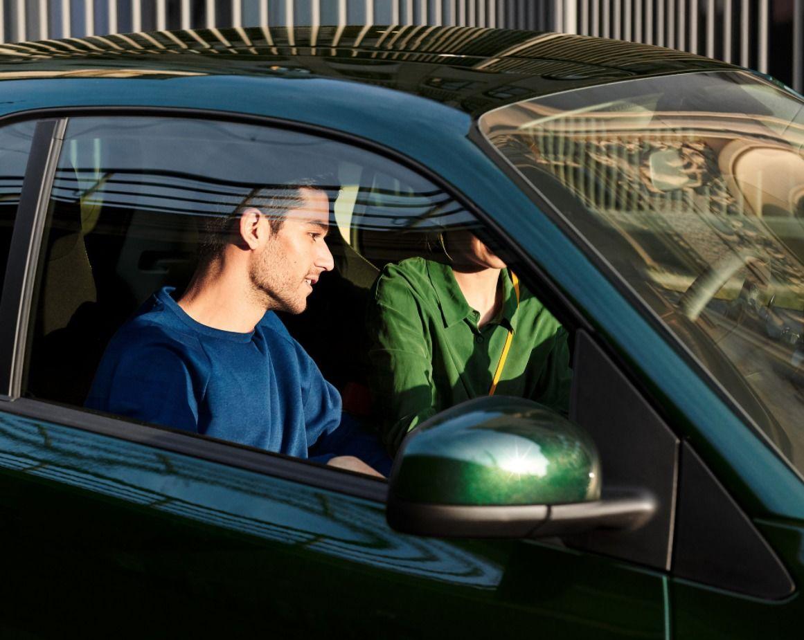 """SEVERIN WENDELER: Daniel Cramer c/o Severin Wendeler """"Smart ready 2 share campaign"""""""