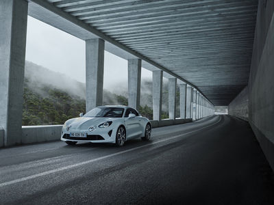 "SEVERIN WENDELER: ""Sébastien Staub"" Alpine A110 Pure and Legend"