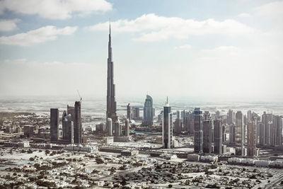 Dubai by ROBERT WUNSCH