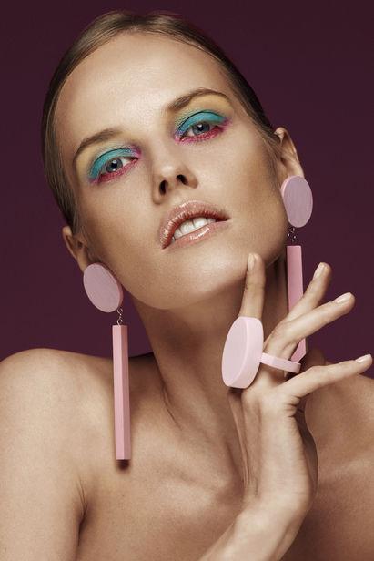 Anastasiya antonyuk девушка модель на выставку москва