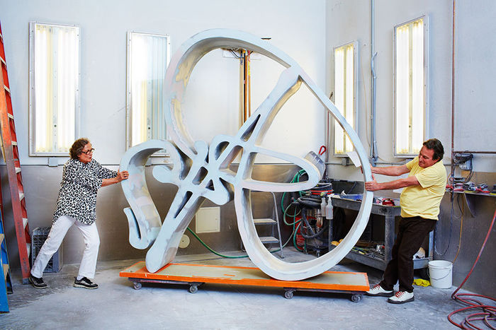 Michael Schmelling photographed the artist Rotraut in her studio for Zeit Magazine