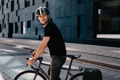 WILDFOX RUNNING: Lars Schneider for Ortlieb