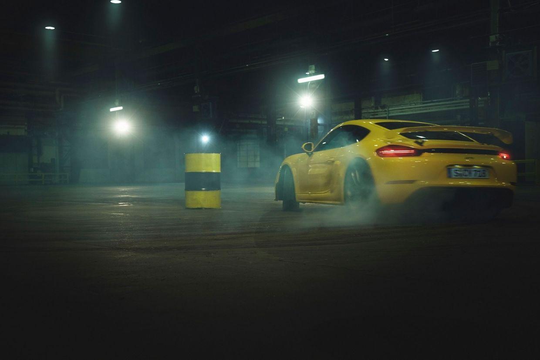TORSTEN KLINKOW : PORSCHE 718 Cayman GT4