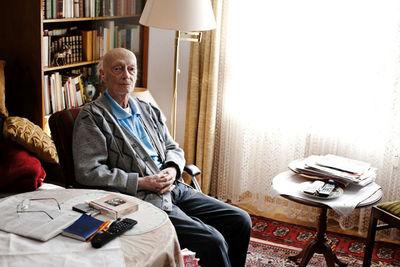 DARIUS RAMAZANI for SANA BLAUBUCH
