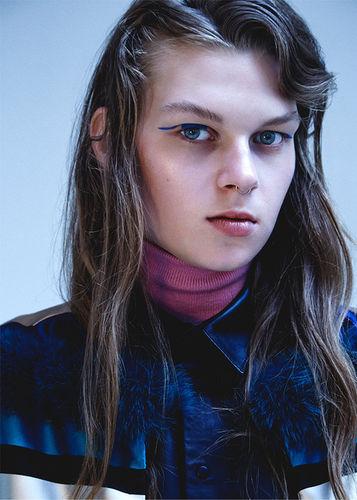 HILLE PHOTOGRAPHERS: Anja Boxhammer