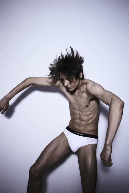 HILLE PHOTOGRAPHERS: Gary Engel für UFFF Underwear 2020