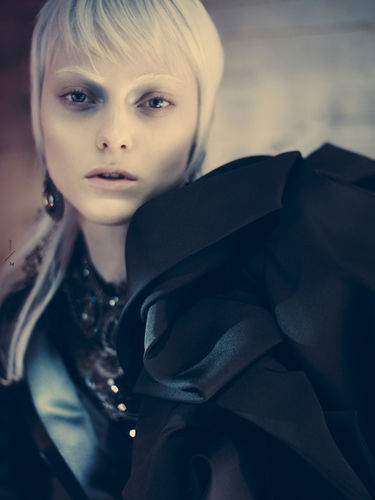 BRIGITTE MARGARETA WILHELM for Veoir Magazine