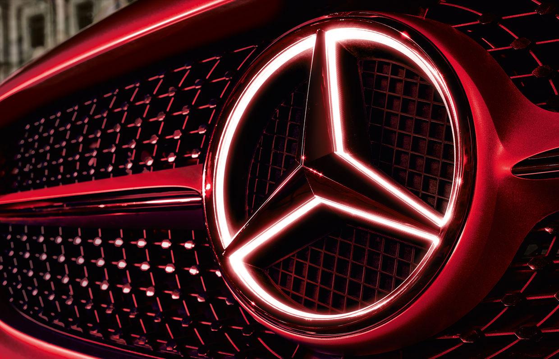 EMEIS DEUBEL: Mat Neidhardt for Mercedes-Benz Accessories