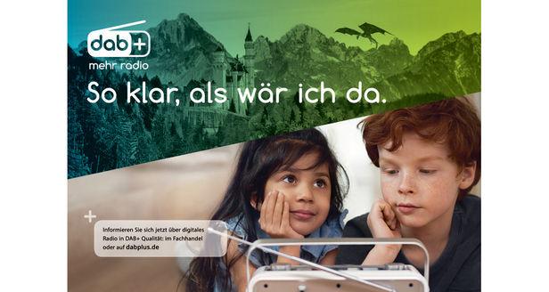 LIGANORD HAMBURG/BERLIN: Shirin Abbas / Styling für DAB+
