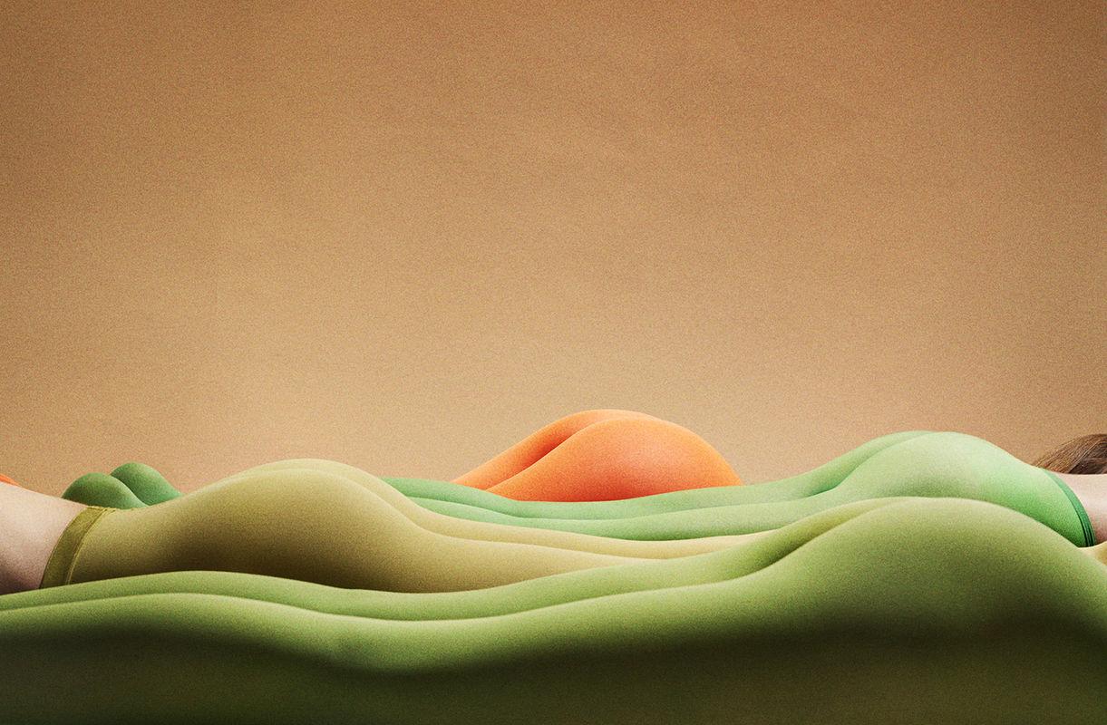 STRIKE A POSE / Grundemark Nilsson Gallery
