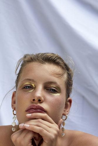 MARIE SCHMIDT c/o TOBIAS BOSCH FOTOMANAGEMENT for ELLE HUNGARY