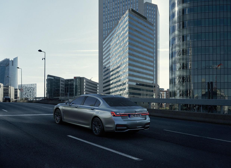 "SEVERIN WENDELER ""BMW SERIE7 shooting in  LA DÉFENSE, France"" Photography by Sebastien Staub c/o Severin Wendeler"
