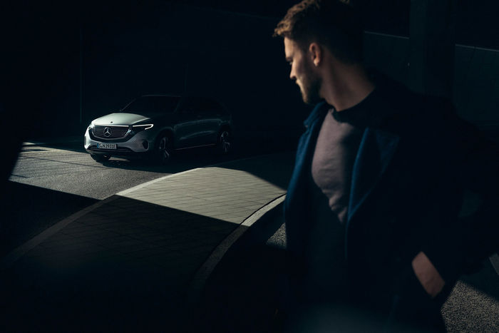 UPFRONT PHOTO & FILM GMBH: Frederic Schlosser for Mercedes-Benz EQC