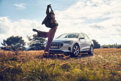 """NINA KLEIN,  """"Debora Dance"""" Styling: Tomislav Blaic with Tobias Habermann"""