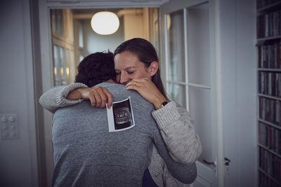 CHRISTA KLUBERT PHOTOGRAPHERS: KILIAN KESSLER FOR HELSANA