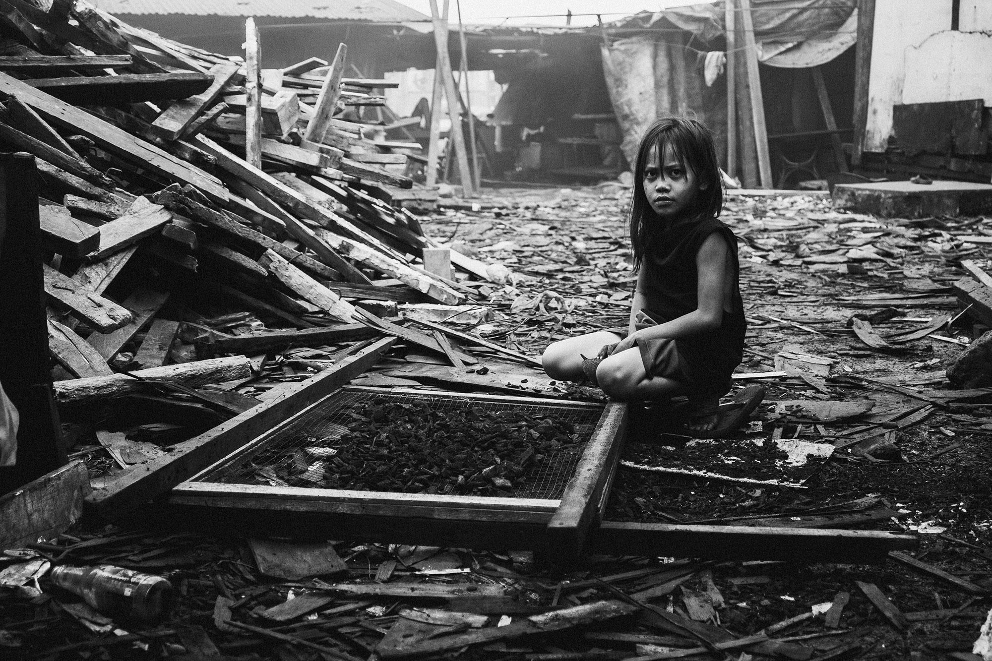 GOSEE SHOP: A world in distress
