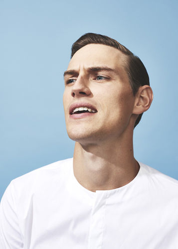 Tobias Volkmann c/o agency Neubauer shots this editorial for the fashionisto