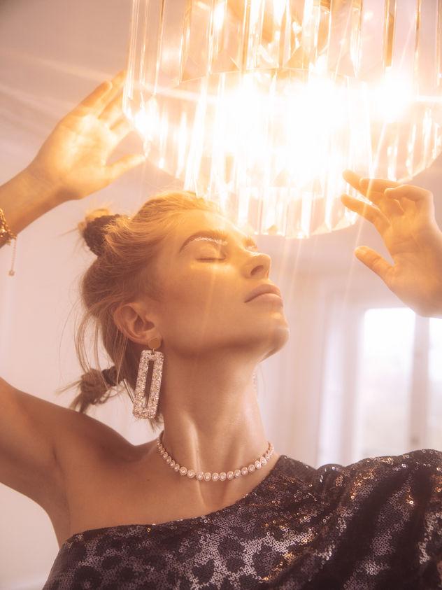 PRODUCTION BERLIN / GALERIES LAFAYETTE: LES NOUVELLES | XENIA ADONTS