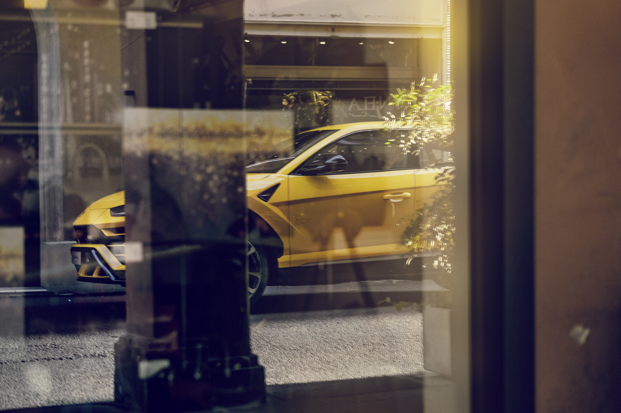 DENIZ SAYLAN shoots for Lamborghini / Audi AG the new Urus