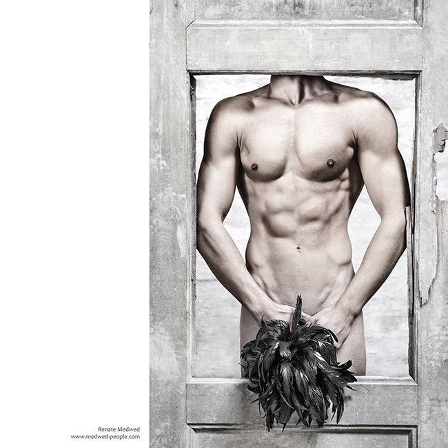 """FESTIVAL LA GACILLY-BADEN PHOTO presents """"MENSCHEN BILDER"""""""