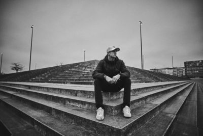 TIM WENDRICH - LEON GLATZER |REPRESENTED BY BANRAP GMBH