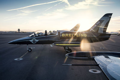 DOUBLE T PHOTOGRAPHERS: Alexander Babic - Breitling jet team - Transportation