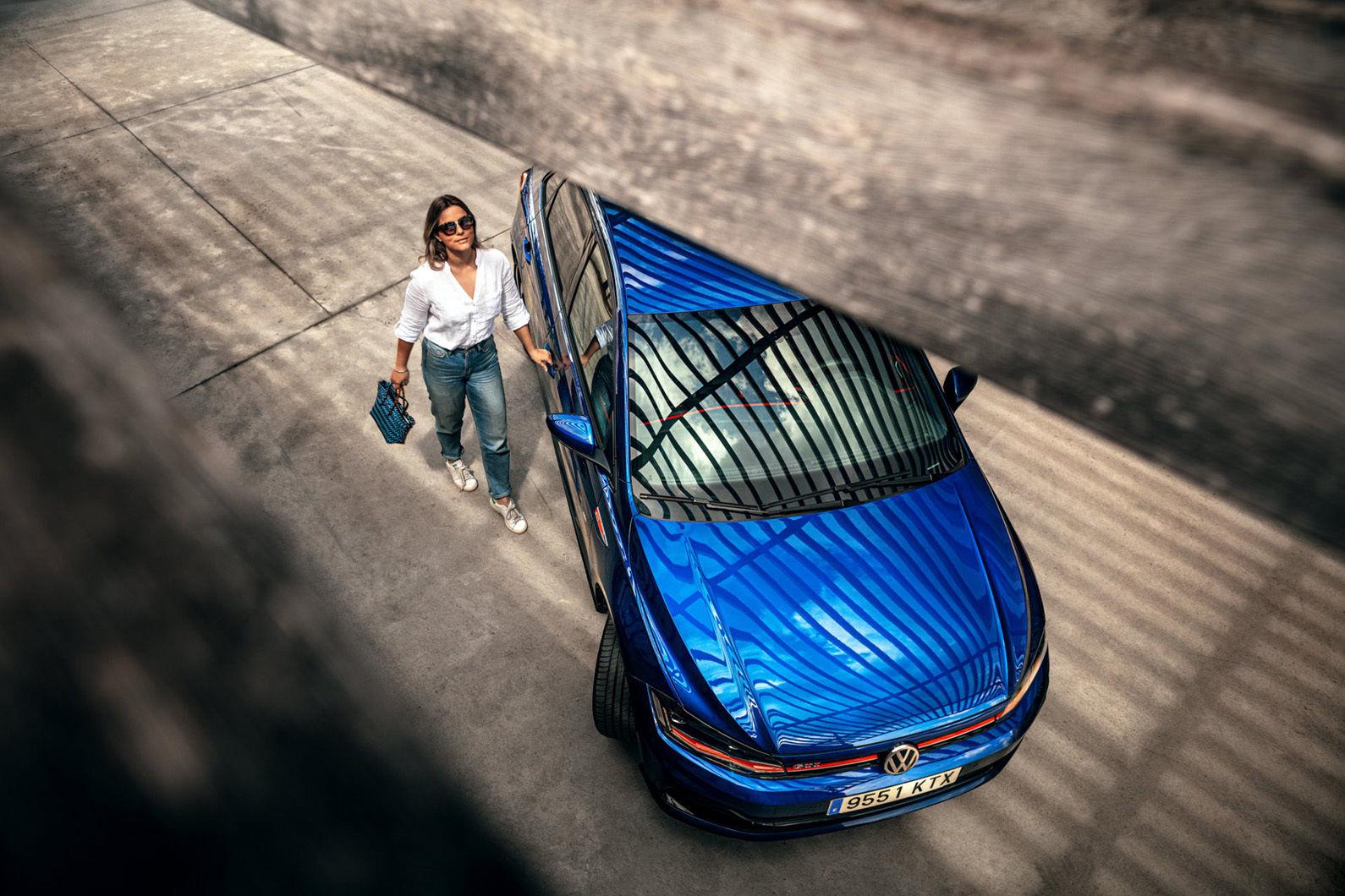 GEORG ROSKE C/O TOBIAS BOSCH FOTOMANAGEMENT FOTOGRAFIERT SOCIAL MEDIA KAMPAGNE FÜR DEN NEUEN VW POLO GTi AUF MALLORCA