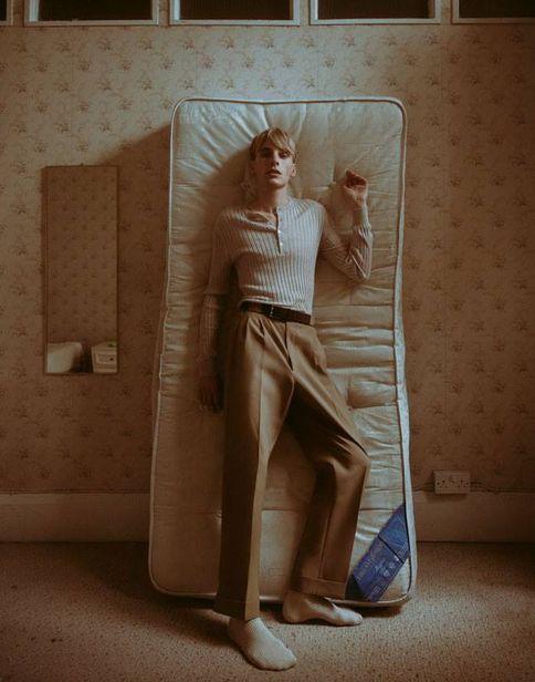 PATRICIA MCMAHON : Grant Thomas shoots #I'SleepStandingUp' for Hunger Magazine