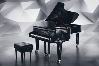 "HOLGER WILD portraits Lang Lang for Steinway and Sons and the new Piano ""Black Diamond"""