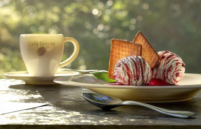 Variation of CGI Ice-Cream  •  RALF KUNSTMANN ILLUSTRIERT...