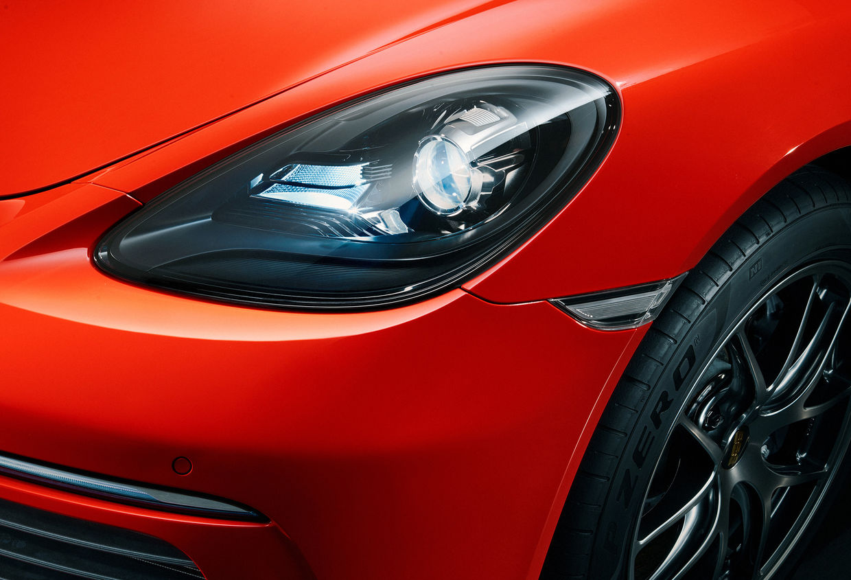 Porsche Cayman by THILO SICHENEDER