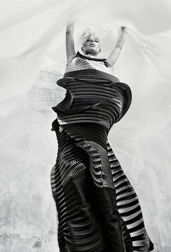 HUNTER & GATTI : Jessica Stam for HG ISSUE 'Destruction to Creation'